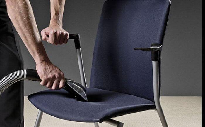 Wie reinigt uw (bureau)stoel?!