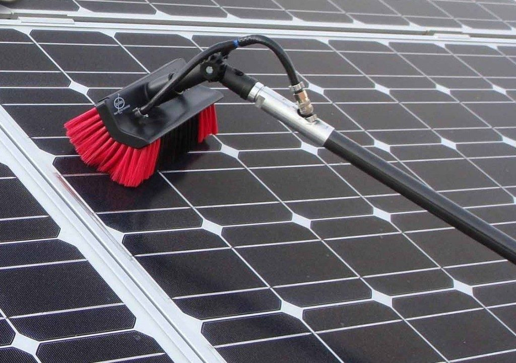 Reiniging zonnepanelen verstandig of niet?!